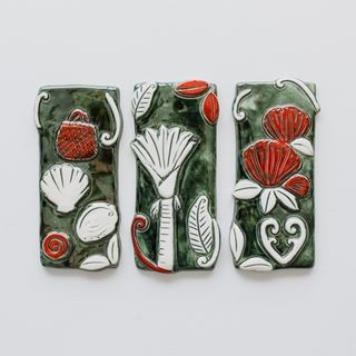 Coastal Tiles Set of 3 Green and Red