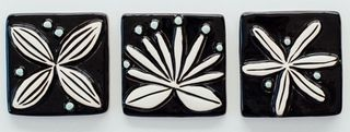 Flower Tiles Black Set of 3