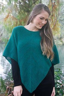Possum Merino Lace Poncho Emerald